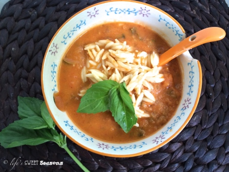 Roasted Tomato Basil Soup2