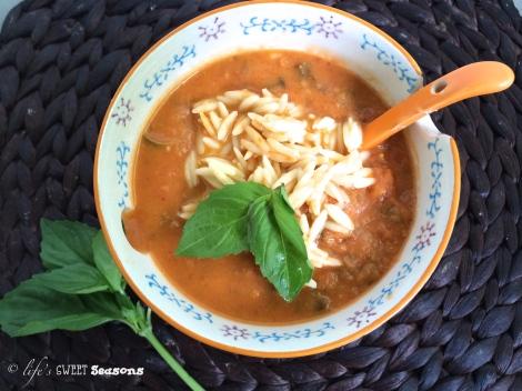 Roasted Tomato Basil Soup2